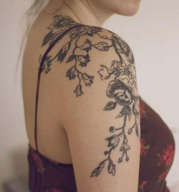 Branches Et Fleurs tatouage