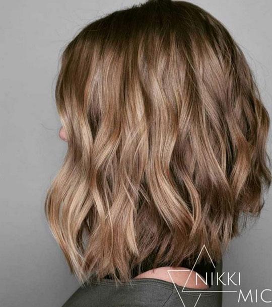 Carré Cheveux Ondulés