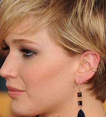 Piercing Et Boucle D'oreille