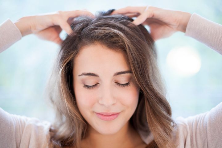 Masser Cuir Chevelu Femme Contre Chute De Cheveux