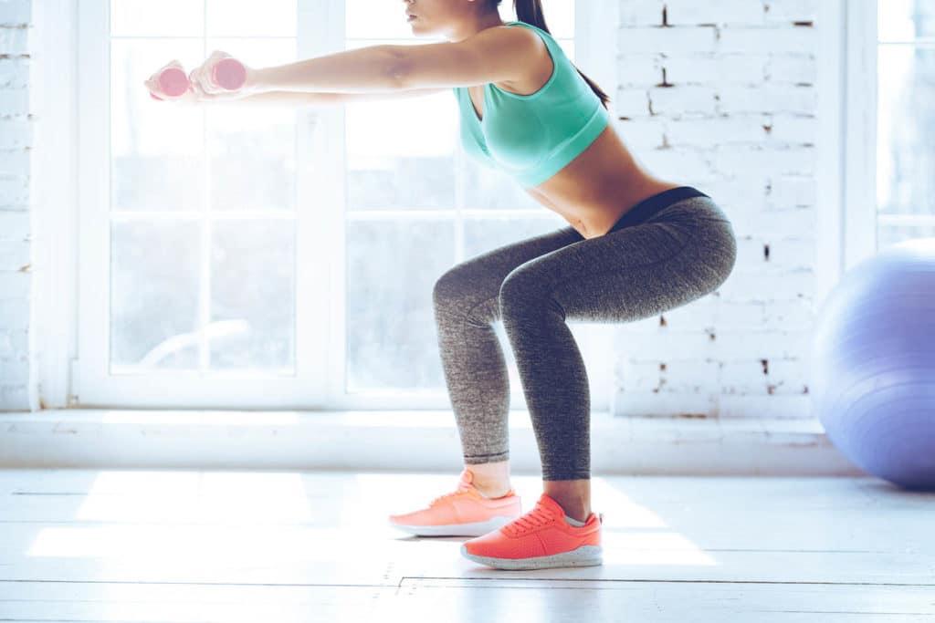 exercices squat pour fesses musclées