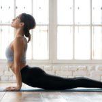 Femme Pratique Yoga Ashtanga