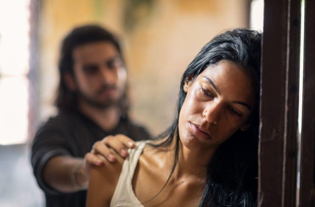 Couple Violence Conjugale