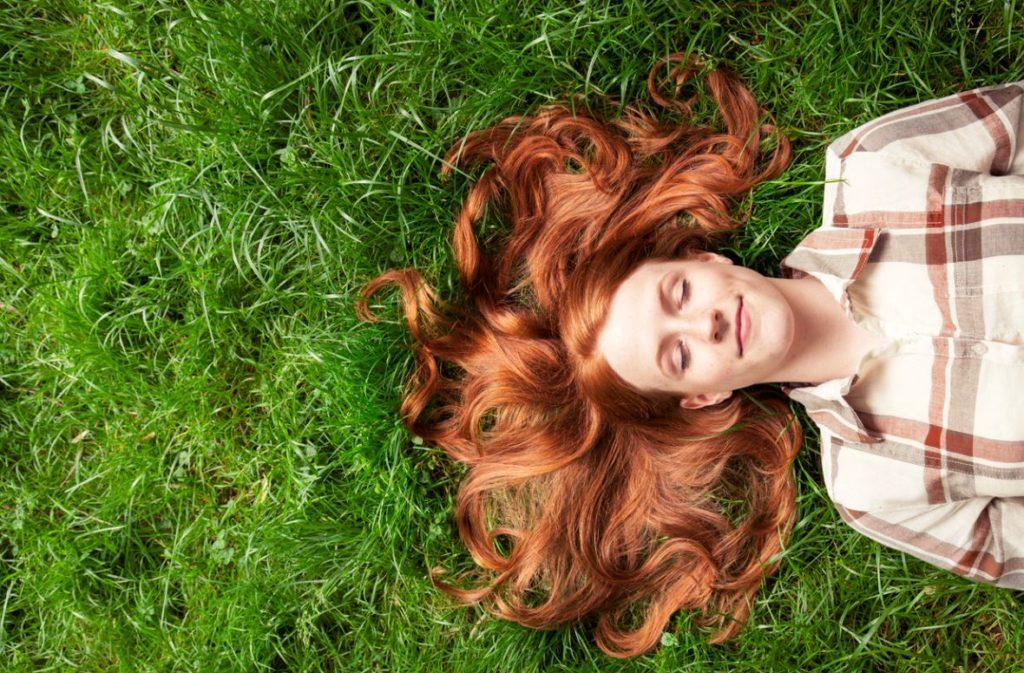 Femme Cheveux Rousse