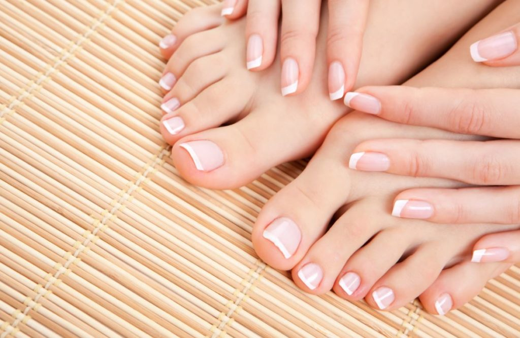 French Pedicure Methode
