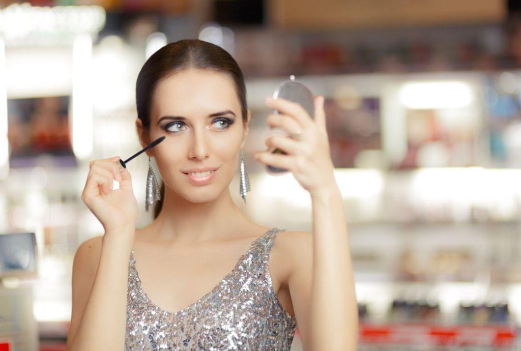 Maquillage Argent Nouvel An