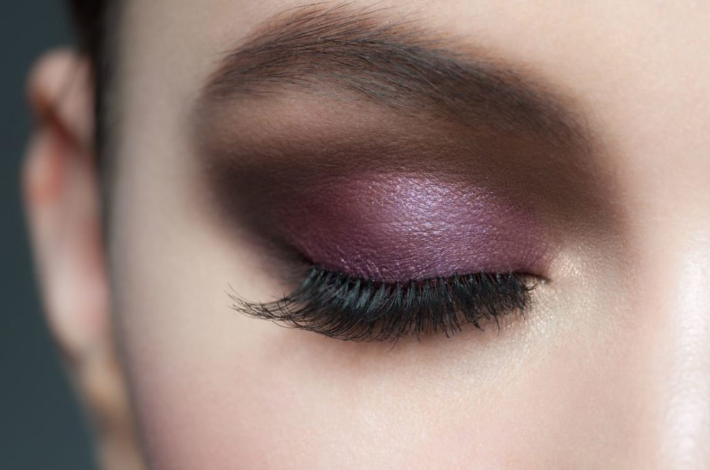 Maquillage Yeux Parme
