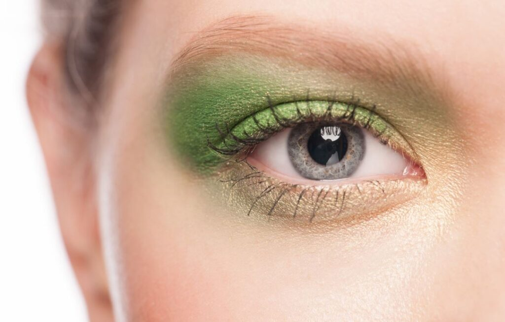Maquillage Yeux Verts Paupieres
