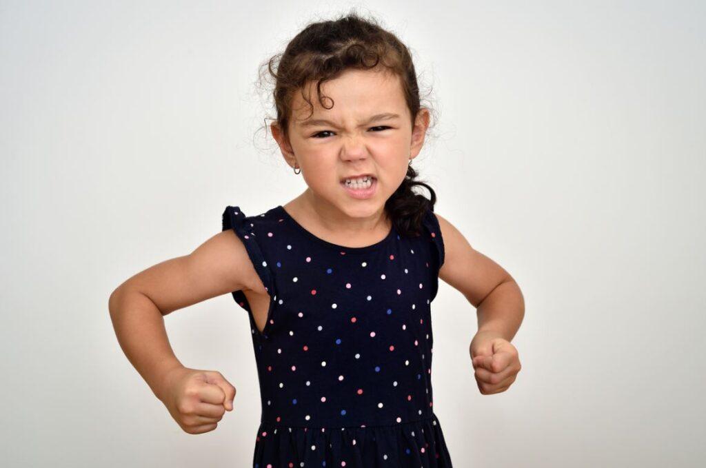 Enfant Stress Grince Des Dents