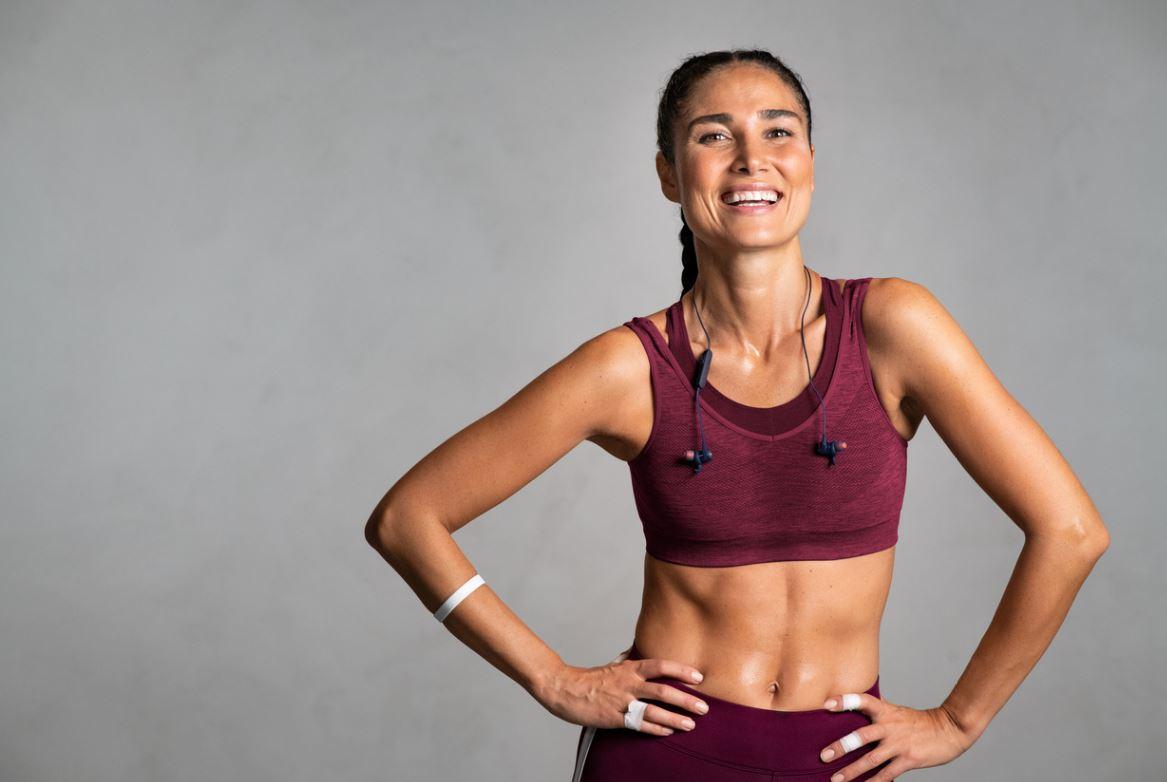 Femme Sportive Après L'effort
